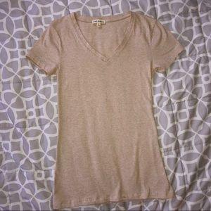 🌻✨Heather Beige vneck Short Sleeve T-shirt ◀️⬆️